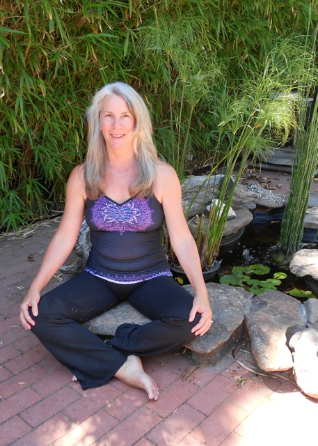 Jean Sutton's intention is to transmit the great joy, understanding and well-being that yoga provides for our body, mind and spirit.